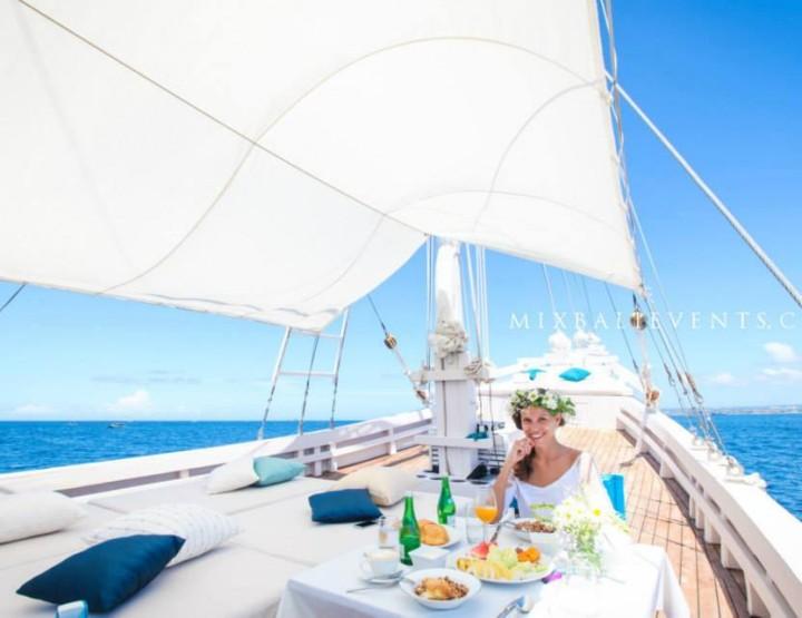 Романтический ужин на яхте <br>