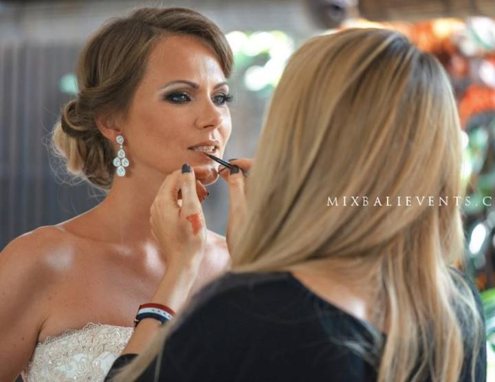 Прическа & макияж