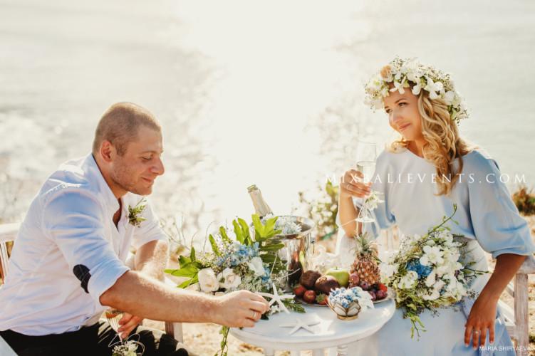 свадьба на утесе, свадебная церемония на бали, организация свадьбы на бали
