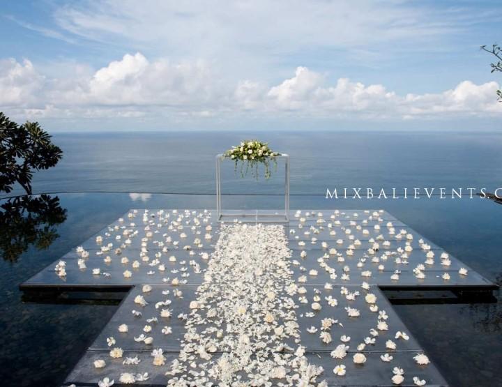 Свадьба на бассейне Инфинити с видом на океан №2