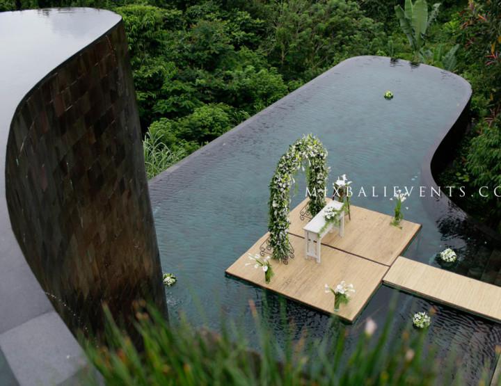 Свадьба на двухуровневом бассейне Инфинити с видом на джунгли