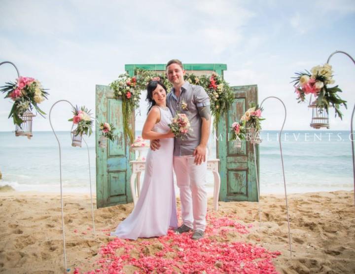 Свадьба с Аркой антик-дверь