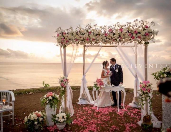 Свадьба на Утесе над Океаном Нелли и Рафаэль