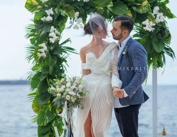Черно-белая Тропическая Свадьба на вилле у океана. Кристина и Дмитрий