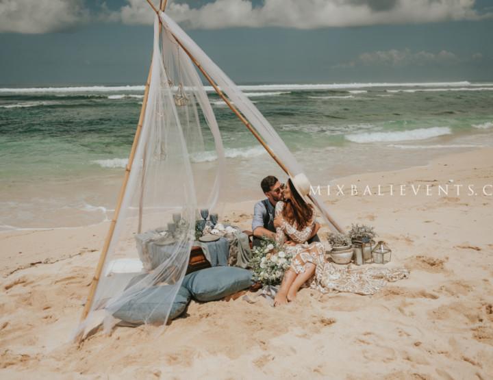 Свадьба на пляже с белым песком