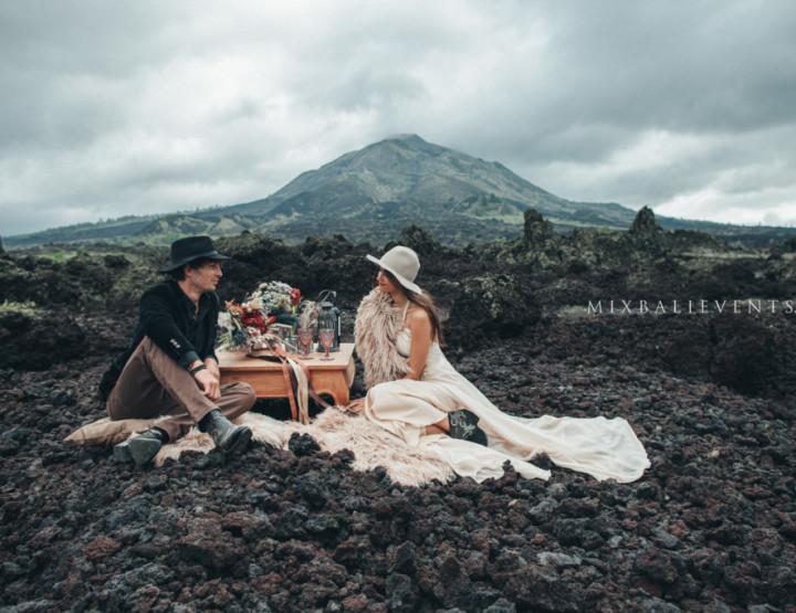 Стильная и модная MOODY & BOHO WEDDING НА ВУЛКАНЕ. София и Алекс - в MIX Bali Events