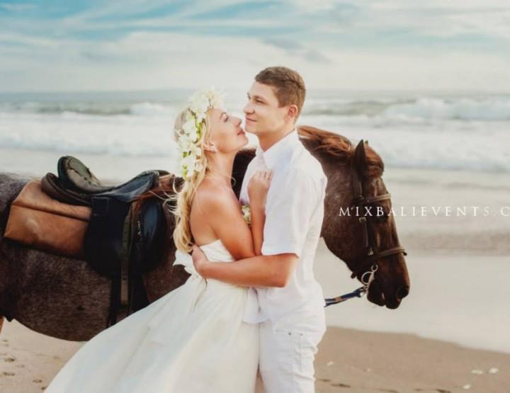 Романтическая фотосессия на лошадях