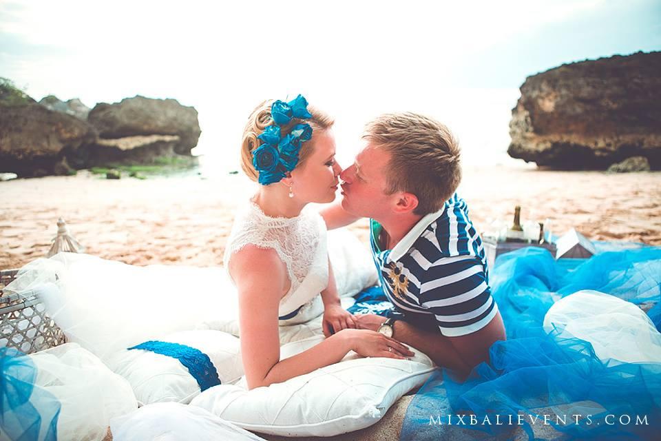 свадьба в морском стиле на бали, церемония на бали, стильная свадьба