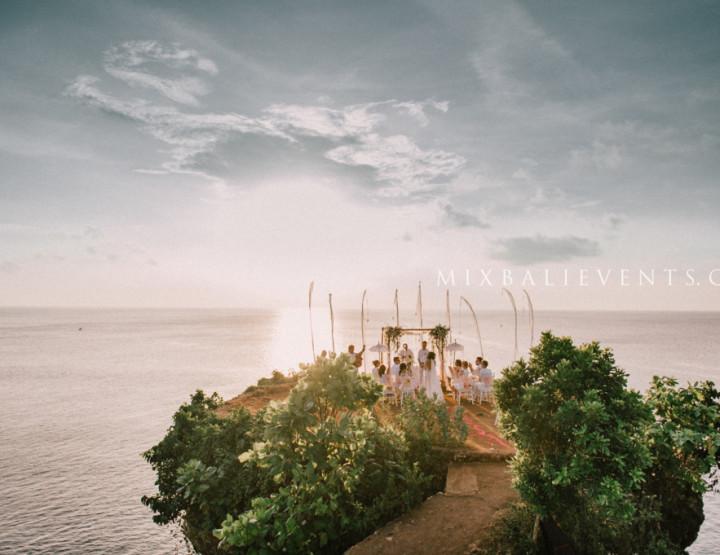 Тропическая Свадьба на утесе над океаном - Кристина и Михаил