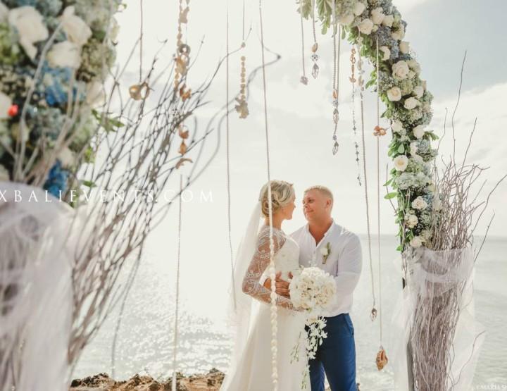Свадьба Bulgari на Утесе у океана