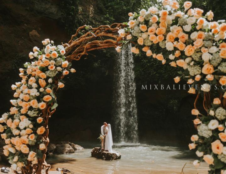 Свадьба на Водопаде в стиле Rustic Сhic
