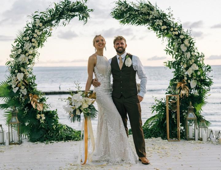 TОП 2019! Стильная Gold Tropicana Wedding с гостями на роскошной вилле у океана