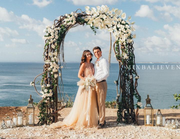 Свадьба Белых Антуриумов на утесе над Индийским океаном. Сергей и Олеся
